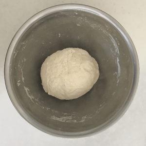 ピザ生地の一次発酵