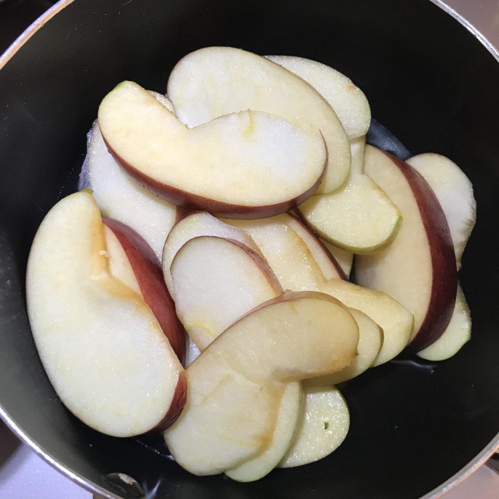 りんごタルトの煮りんご
